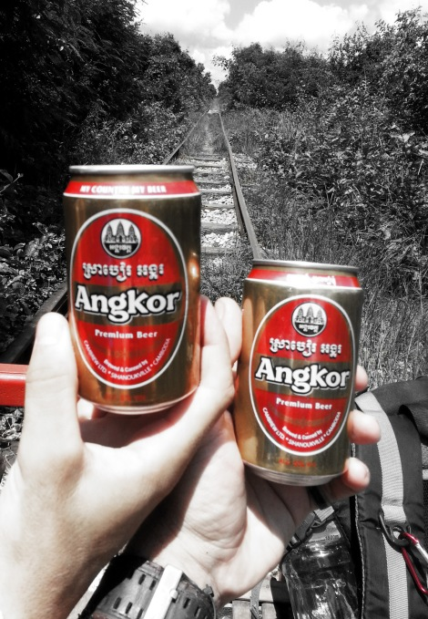 2014.10.02 - [KH] Battambang Bamboo Train, Alligator Farm (3)